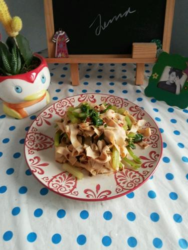 减肥餐 凉拌芹菜干豆腐的做法图解6