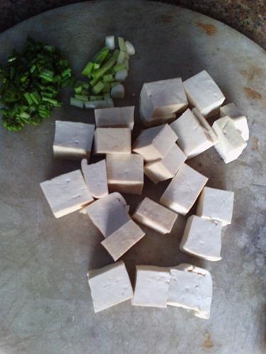 香煎豆腐的做法图解2