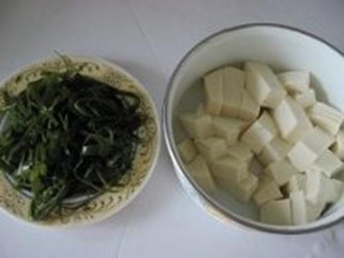 海带丝豆腐汤的家常做法