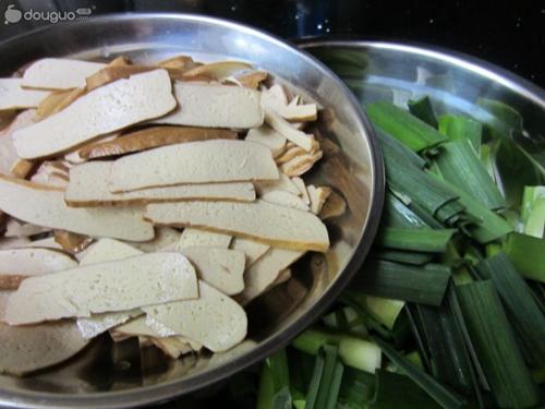 大蒜炒香干的家常做法