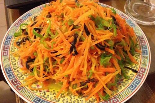 清炒胡萝卜丝的家常做法