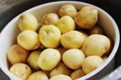 小土豆咸菜的家常做法