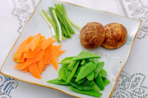 花菇荷兰豆的家常做法