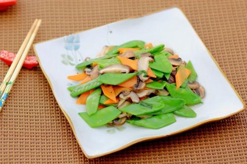 花菇荷兰豆的做法图解4