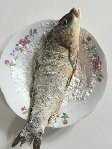 微波炉版香辣烤鱼的做法图解5