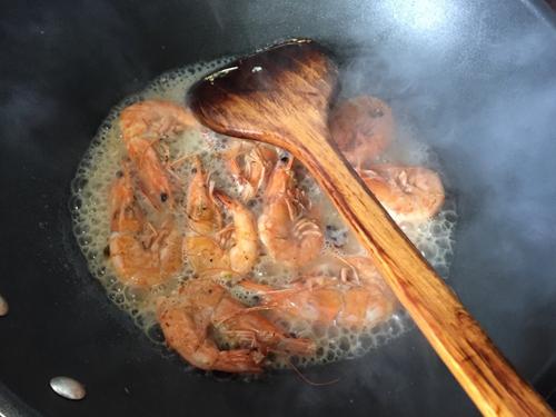 泰式咖喱芝士焗虾饭的做法图解6