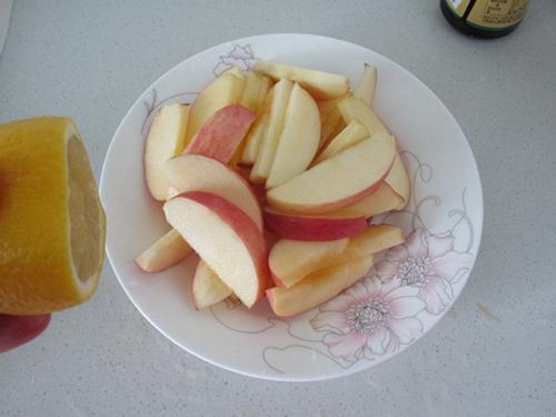 柠香苹果烤鸡腿的做法图解4