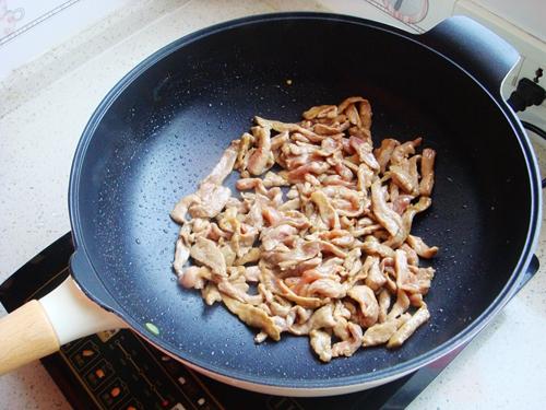 青椒炒肉片的做法图解5