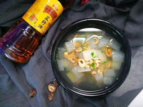 冬瓜海鲜汤的做法图解4