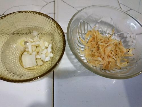 虾皮萝卜汤的做法图解4