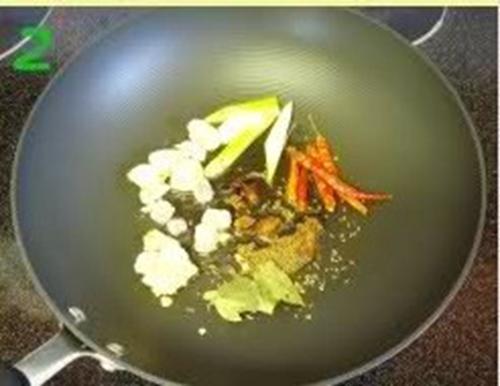 红烧羊肉炖萝卜的做法图解2