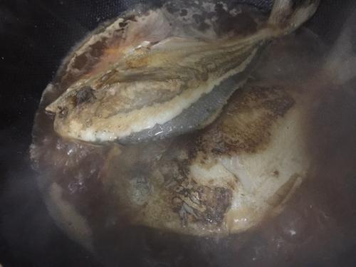 上海年夜饭必备红烧平鱼的做法图解5