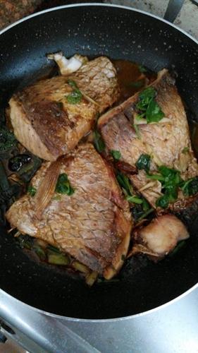 简单的家常煎鱼红烧鱼的做法图解5