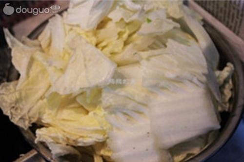 蒜蓉黑白菜的做法图解2
