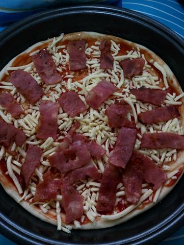 培根青椒披萨的做法图解7