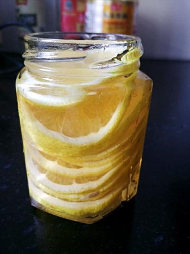蜂蜜柠檬的做法图解3