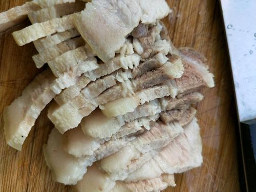 豆豉蒜泥白肉的做法图解3