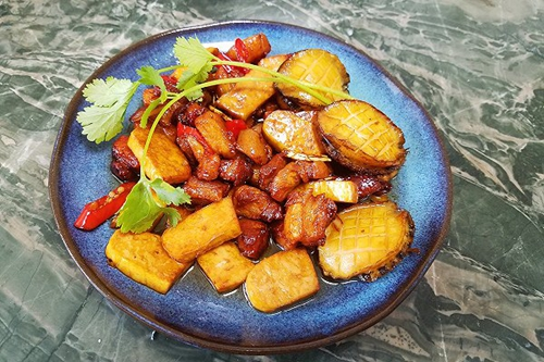 红烧肉鲍鱼下饭菜