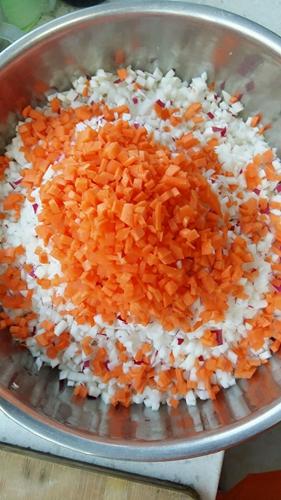 虾米萝卜丸子的做法图解3