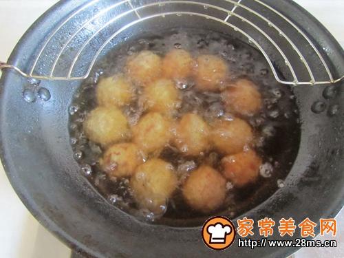 金针菇烩莲藕丸的做法图解5