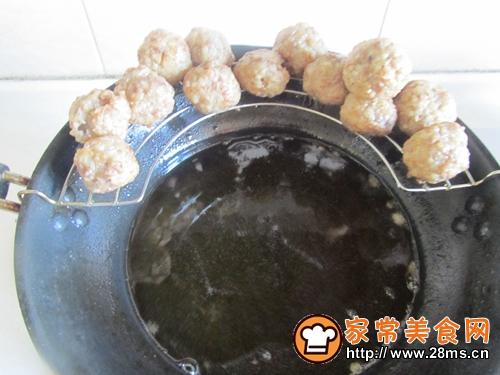 金针菇烩莲藕丸的做法图解6
