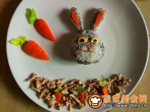 创意宝宝餐可爱的朱迪餐盘的做法图解6