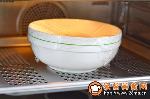 淡奶油餐包的做法图解3