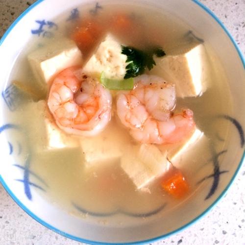 虾仁豆腐汤的做法图解2
