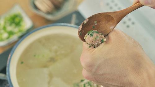 莲子冬瓜肉丸汤的做法图解11