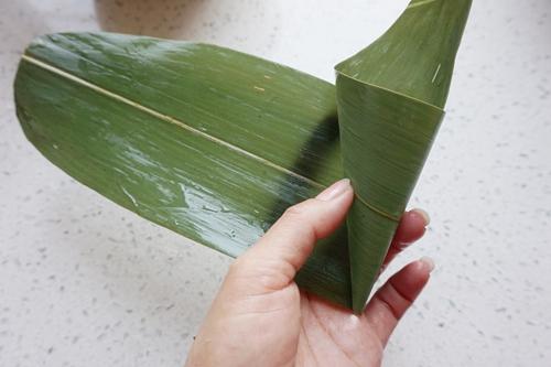 紫米八宝锥形粽子的做法图解8