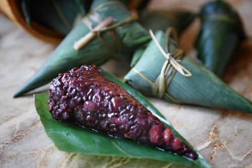 紫米八宝锥形粽子的做法图解16
