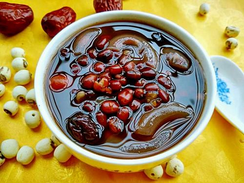 红枣红豆莲子糖水的做法图解4