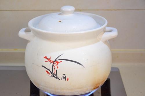 阿胶乌鸡汤的做法图解4