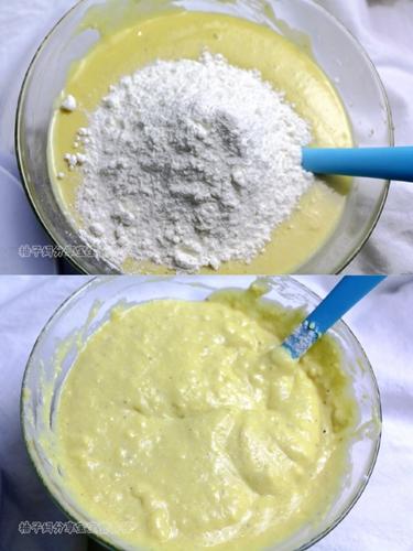南瓜莲子薏米牛奶饼的做法图解5