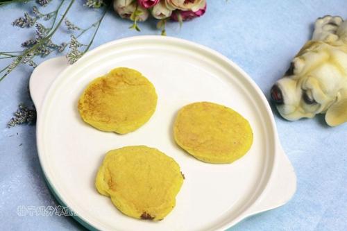 南瓜莲子薏米牛奶饼的做法图解9