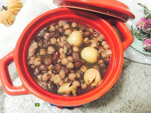 红豆薏米莲子粥的做法图解5