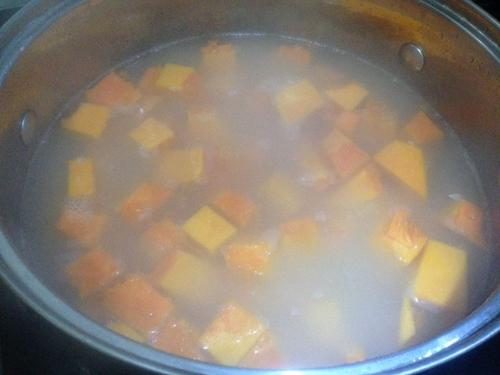 三黄粥(小米玉米南瓜粥)的做法图解6