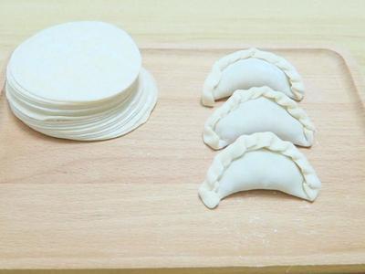 手工半月饺子