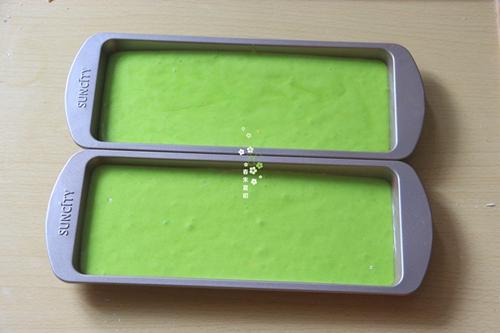 冰淇淋抹茶慕斯双色蛋糕的做法图解8