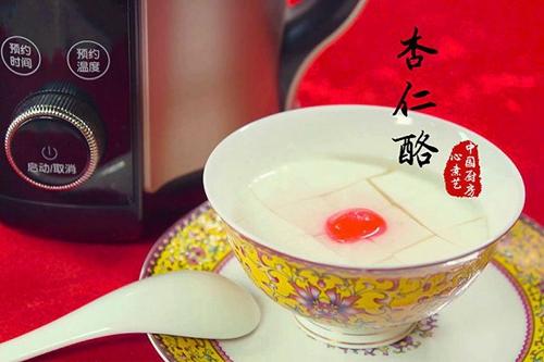 宫廷滋补甜品:杏仁酪