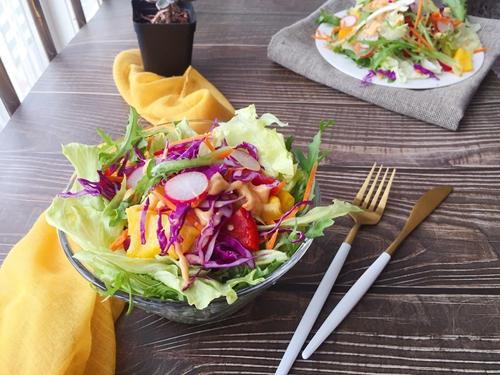 彩蔬沙拉的做法图解5