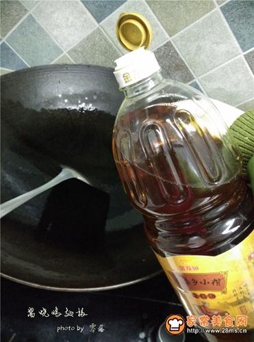 沙茶美食沙茶酱焖鸡翅根的做法图解3