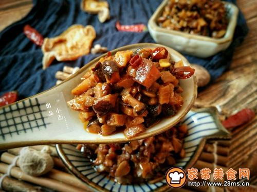香辣笋丁菌菇酱的做法图解17