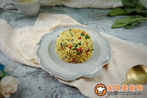 菠菜火腿鸡蛋炒饭