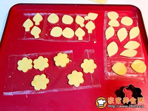 百吉福奶酪花朵三明治的做法图解9