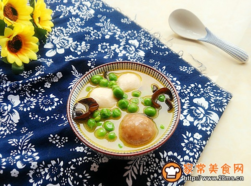 翡翠肉丸汤