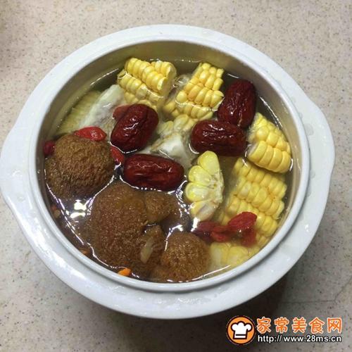 猴头菇虫草花猪骨汤