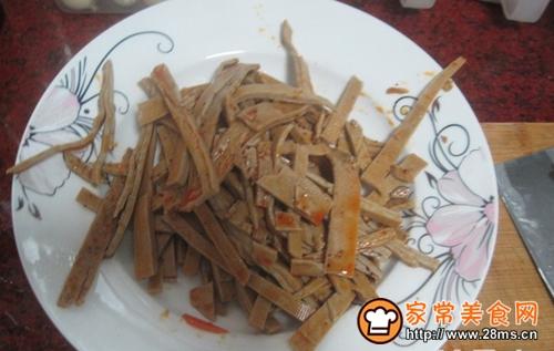 香菜炒豆皮的做法