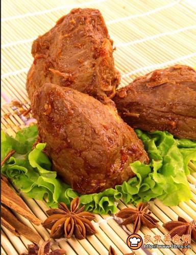 正宗卤牛肉