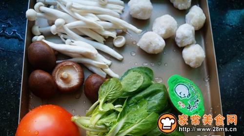 鱼丸菌菇火锅